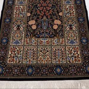 Handmade Persian Rug 5956