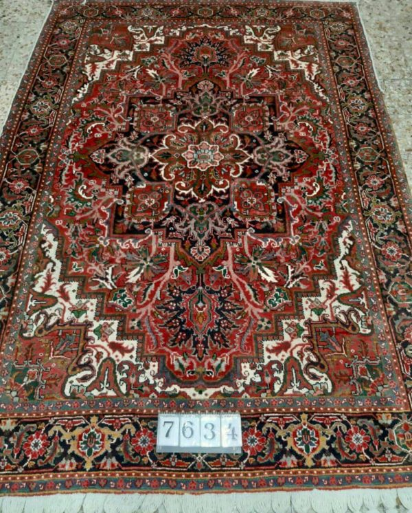 Handmade Persian Rug 7634 Hand Knotted