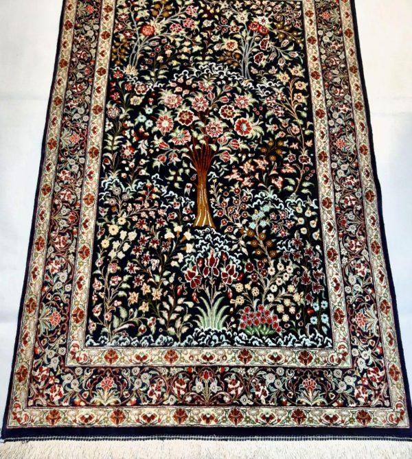 Silk Persian Rug 10526