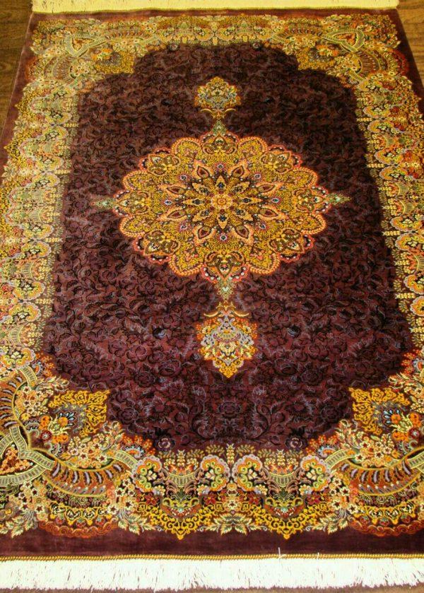 Silk Persian Rug 9522