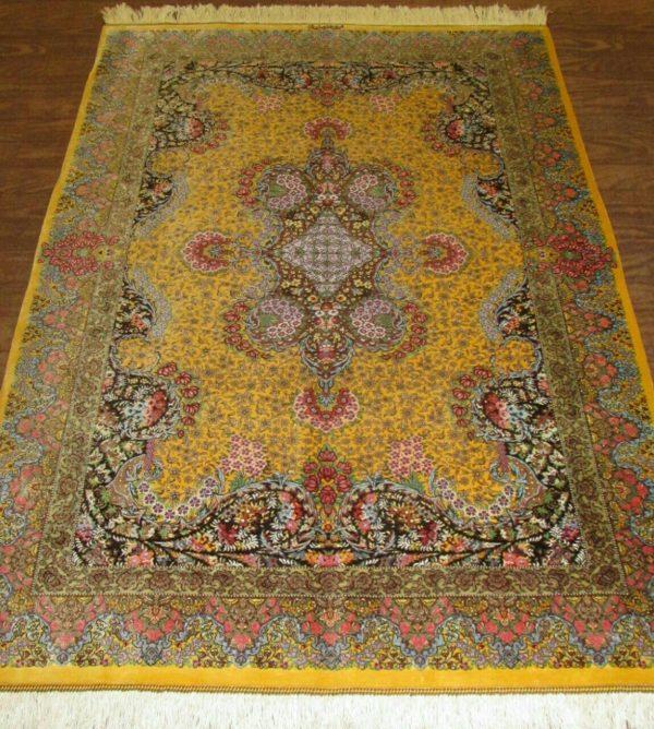 Silk Persian Rug 9528