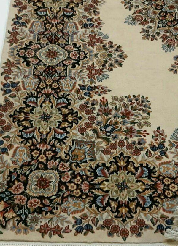 Handmade Persian Rug 5626