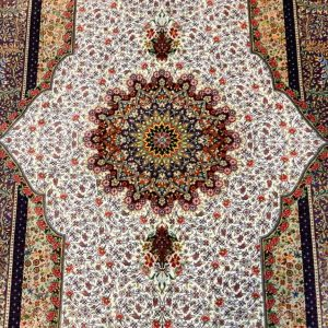 Silk Persian Rug 10525