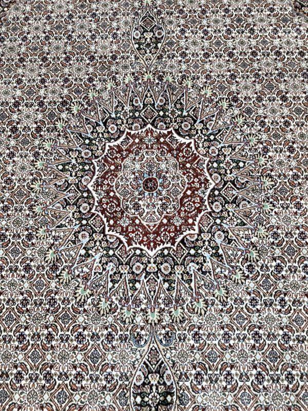 Handmade Persian Rug 10947